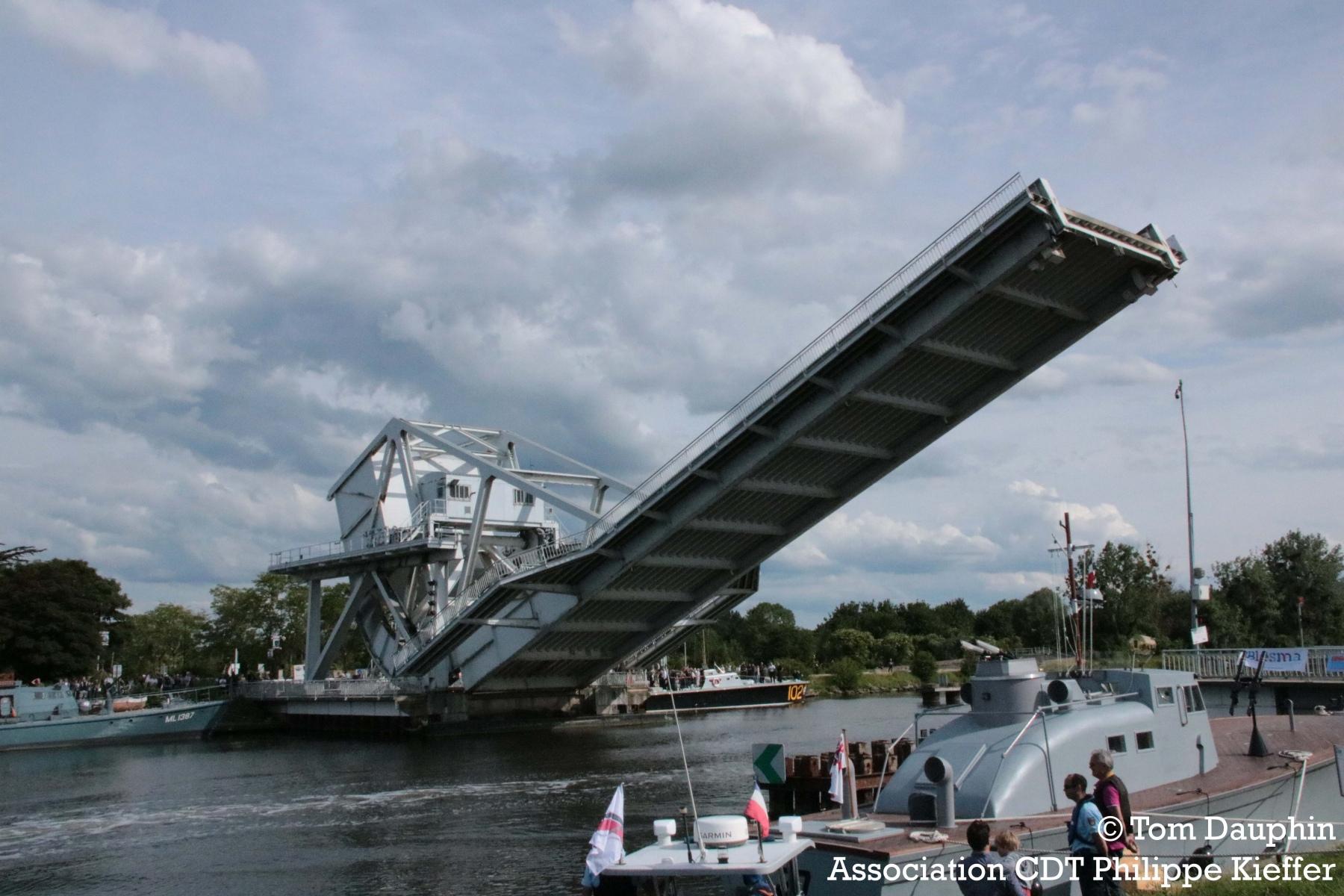 levée_pegaus_bridge_pont_bénouville_6_juin_2019